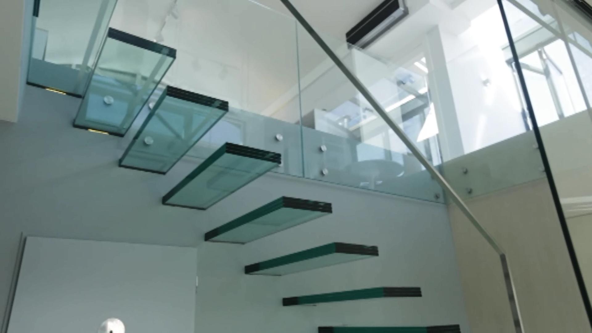 Alfa Glass